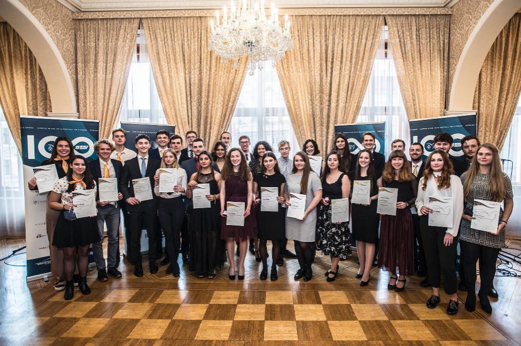 Britský velvyslanec ocenil studenty ze Středočeského kraje