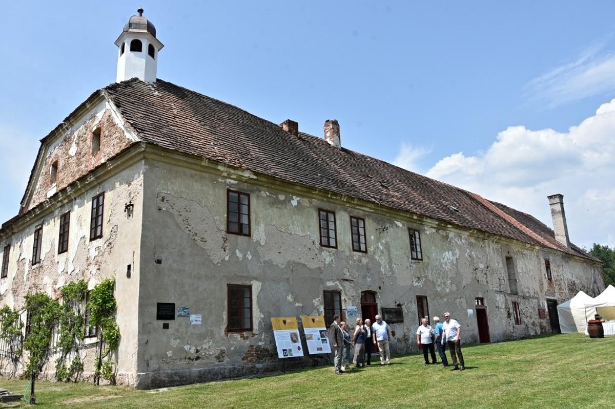 Na turistickou mapu pernštejnských památek přibude zámeček v Semíně