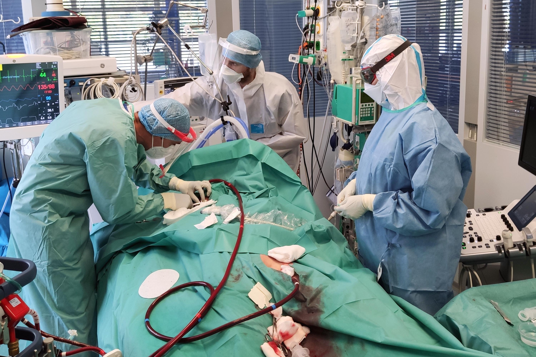 V nemocnici u sv. Anny v Brně leží 111 covidových pacientů