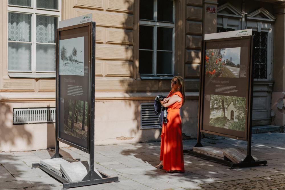 Plzeň láká na výstavu Skrytá řeč krajiny Plzeňského kraje